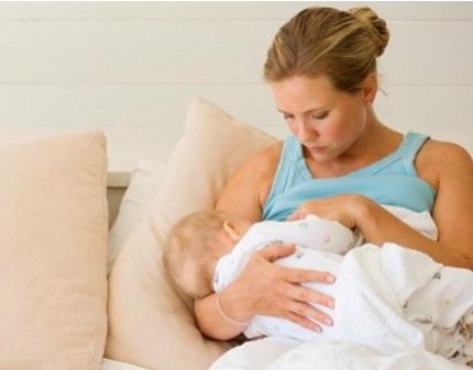 hora da mamada do bebê