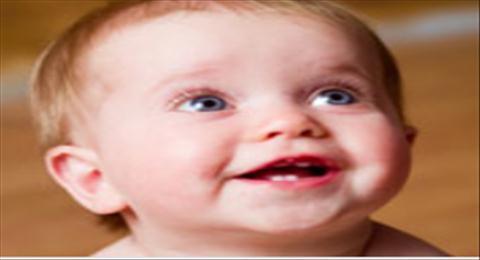 primeiros dentinhos do bebê