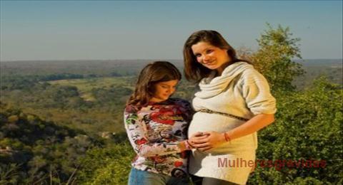 Flávia Alessandra grávida de outra menina